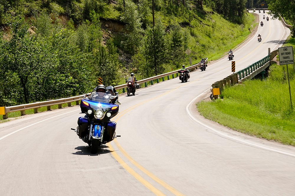 Sturgis-Rally-Moving-Forward-image-1000x667