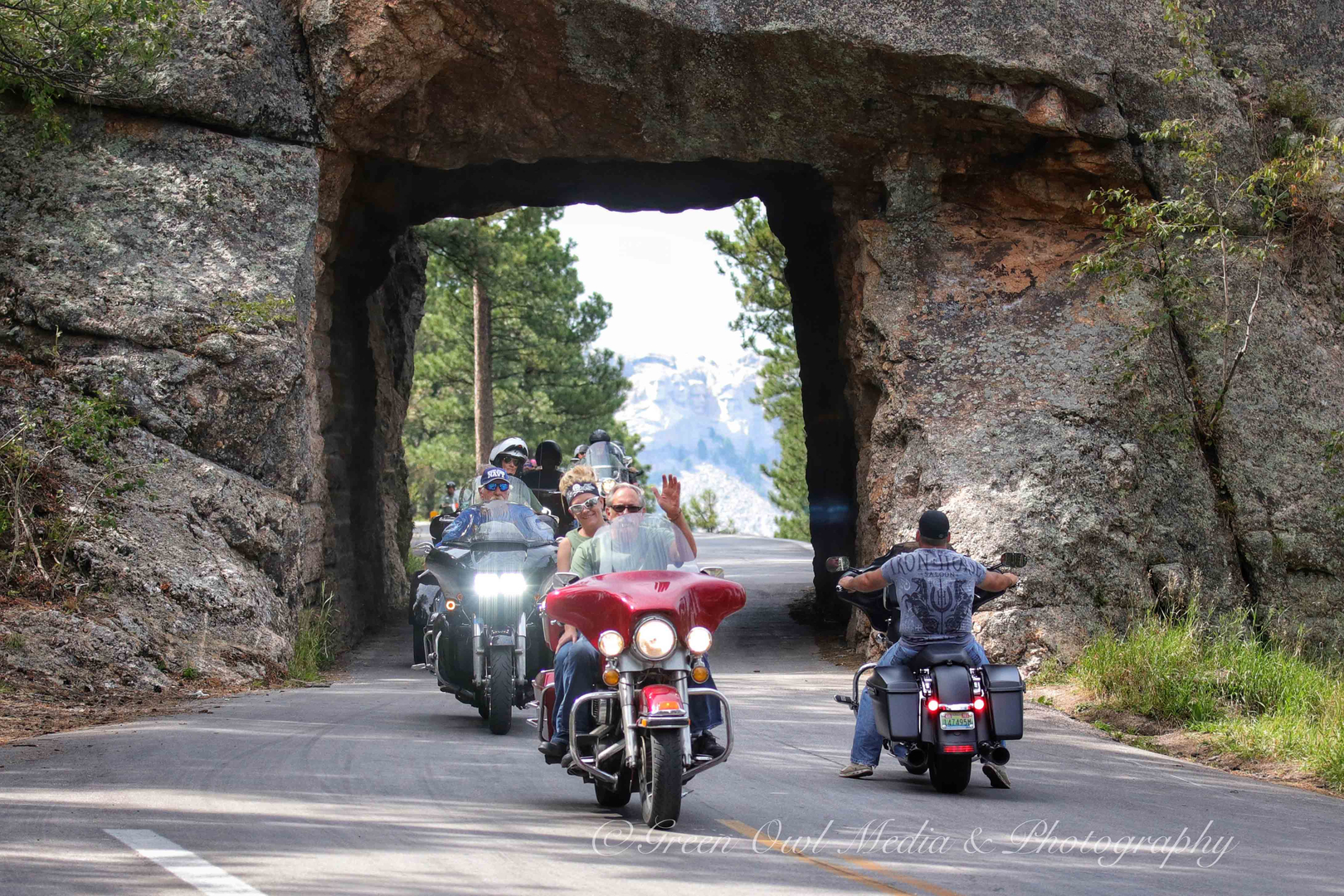 Iron Mt Road - Mt Rushmore and Crazy Horse Monument photo #1